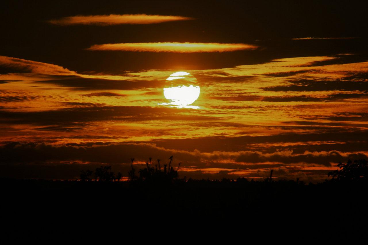Desert sunset in the Finger Lakes (photo)